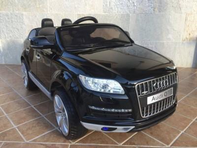COCHE-MANDO-NINOS-Audi-Q7-infantil-Black-12V-04