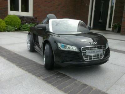 1-coche-audi-r8-spider-negro